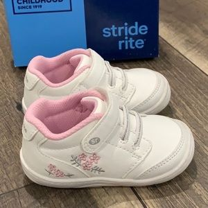Stride Rite baby girl sneakers tennis shoes sz 5
